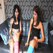 2 girls with short cast leg - The girls talk (SCL)